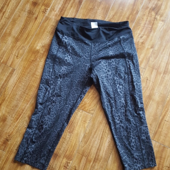 6e745a39fc1b3 Betsey Johnson Pants   Black And Grey Leopard Print Workout Capris ...